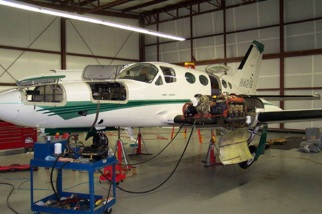 Aircraft airplane repair